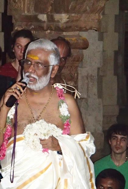 Dr Pillai lecturing at Navatirupati